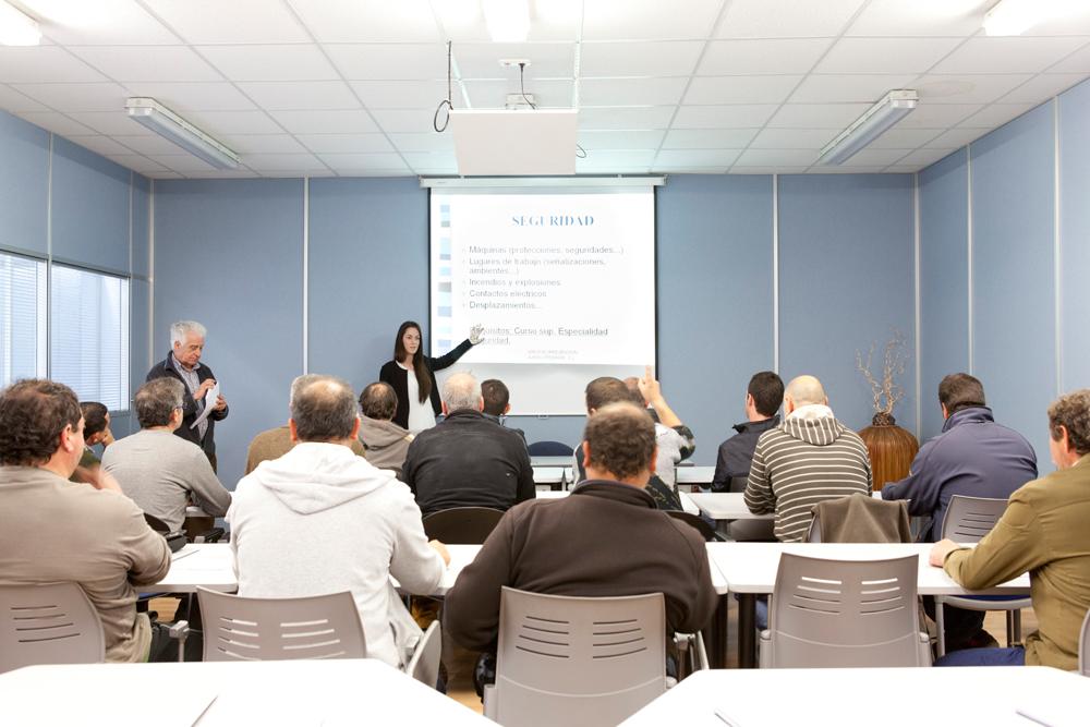 Curso de formación sobre seguridad laboral en Premank